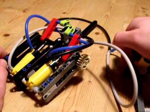 Lego pneumatic motor with 2 cylinder