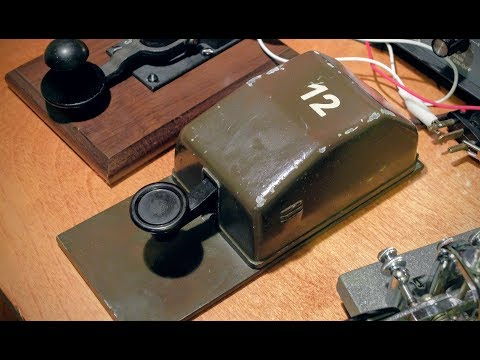 Junker key 40m QSO with introduction to Junker D.B.G.M telegraph key