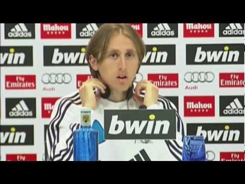 "Luka Modric: ""Ronaldo wird bei Real bleiben"""
