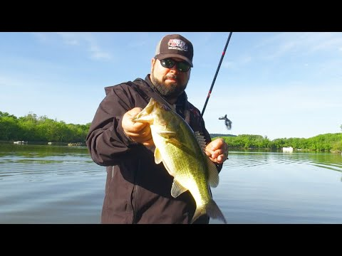 Bass Fishing The Mighty Ohio River