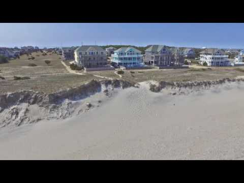 "Luxuary Oceanfront ""Blue Moon"" Vacation Rental on Hatteras Island"