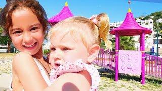 Çocuk Parkı Oyunları. Kum Seti Ile Deniz Hayvanları