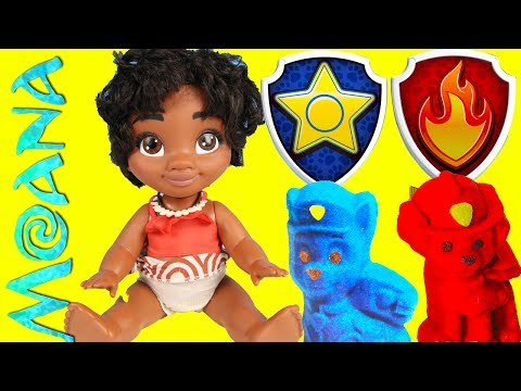 Baby Moana Builds Paw Patrol Sand Pups on Adventure Bay Beach Playset