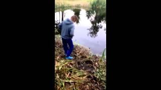 ловля рыбы на ловушку.
