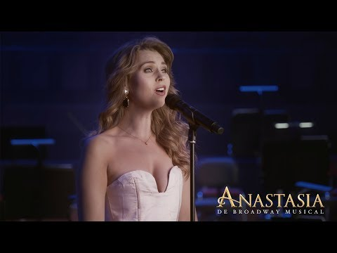 Watch Netherlands Anastasia Star Tessa Sunniva Van Tol Sing 'Journey to the Past' in Concert