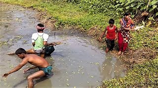 Wow! One Girl and Three Boys Catches a lot of fishes- Girls amazing Fishing technique - Net Fishing