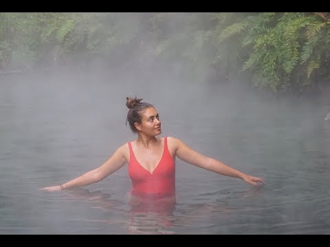 SEAKING WATERFALLS AND SWIMMING IN HOT SPRINGS / PUCÓN-CHILE