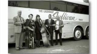 The Sullivan Family-Walking My Lord Up Calvary Hill