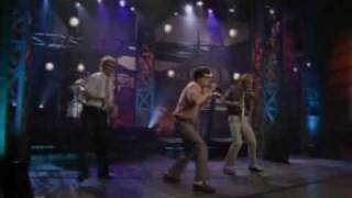 Repeat youtube video Weird Al Yankovic - White And Nerdy Live