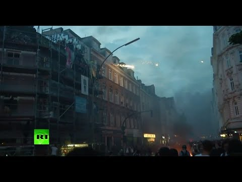 Fire & fireworks: Anti G20 protesters clash with Hamburg police
