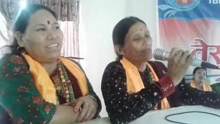 गाउ शहरमा लमजुङ दरबार मायालाई दिने थिय फुल जस्तो जोबन भैसक्यो मेरो घर बार Maya Gurung & Uma Gurung