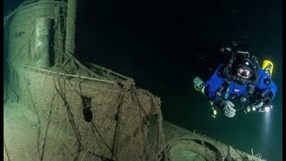 У берегов Сочи ищут подводные лодки