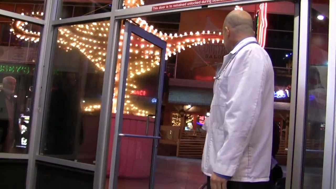 Scouting Las Vegas: Heart Attack Grill & the Quadruple Bypass Burger