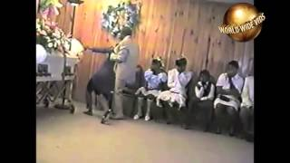 Black Lady Goes Crazy At Funeral