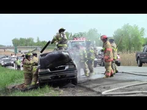 incendie de véhicule autoroute 25 a Mascouche  en fin d