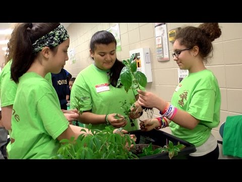 Gateway Technical College- Earth Day 2016