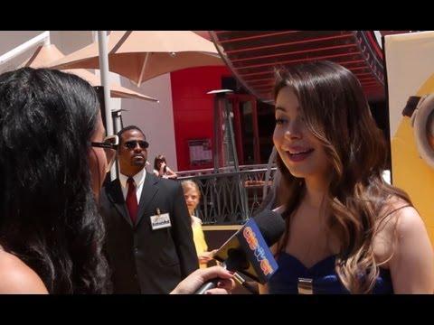 Miranda Cosgrove, Steve Carell, Pharrell - Despicable Me 2 Interviews!