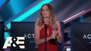 Emily Blunt Wins Best Action Movie Actress | 2015 Critics
