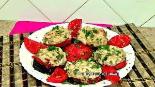 Баклажаны с помидорами, запечёные под фаршем легко и просто