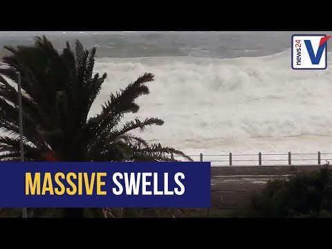 WATCH: Massive Cape storm batters Sea Point promenade