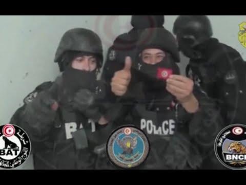 Moment anti-terror police storm Tunis museum