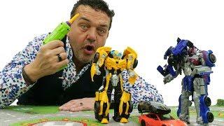 Bumblebee vs Decepticon Dropkick. Vídeos de juguetes.