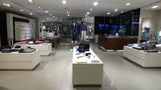 Inside the shops of Rodeo Drive