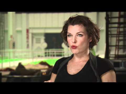 Interview Milla Jovovich darüber warum man den Film sehen sollte RESIDENT EVIL: AFTERLIFE 3D