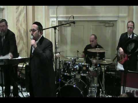 Lipa Sings Hentalach At A chasuna With Merakdin Orchestra.mp4