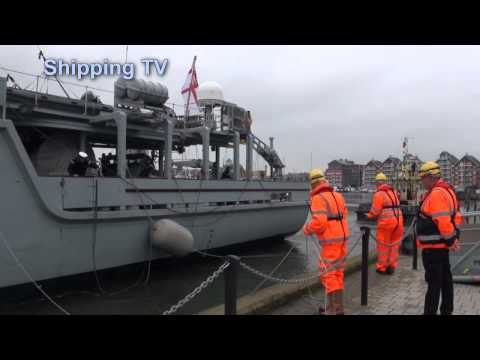 HMS Quorn comes alongside visiting Ipswich