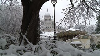 Neige à Paris: des skieurs sous le Sacré-Coeur