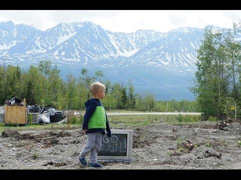 Haines Junction Art At The DUMP, Yukon Canada, Heiko Haehnsen, Kim Henel, Karrie Brown