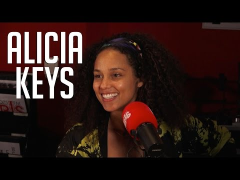 """Alicia Keys Talks Why Her Blended Family Is So Important, New Album """"Here""""+  Wanting A Baby Girl?"""