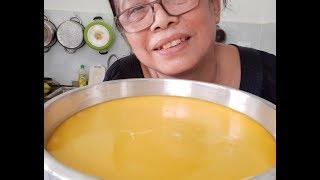 Mẹ tập con gái vào bếp cách làm bánh flan với trứng gà ta và gà công nghiệp ngon bổ dưỡng clip 82