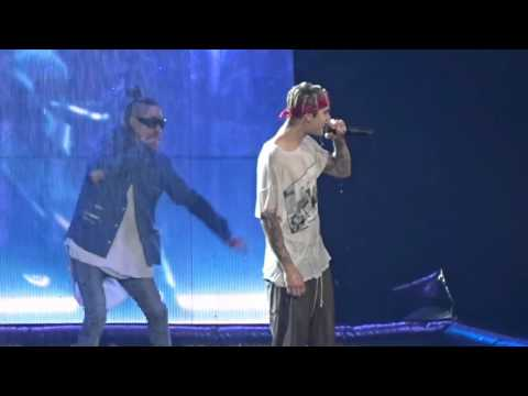Justin Bieber - Sorry (Live in Dallas, TX at American Airlines Center April 10, 2016)