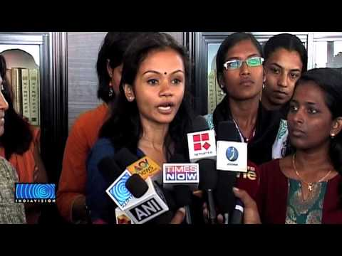 Insulting remark to woman Journalist: Media persons stage protest against Vayalar Ravi