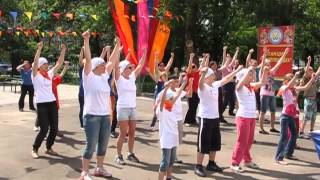 """Ромашки от Марии Плюс"" разучивают танец"
