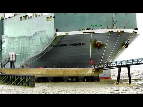 BALTIMORE HIGHWAY IMO  9510149 3FWK5 Emden Germany car carrier merchant vessel Autotransporter