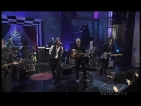 The Weight - Levon Helm on Elvis Costello's Spectacle