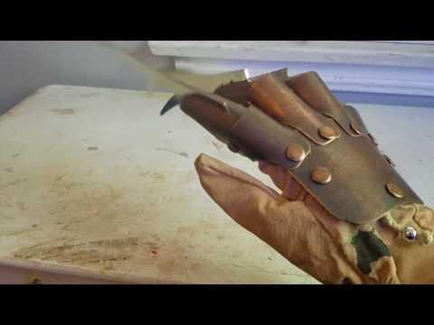 Freddy Krueger replica metal glove