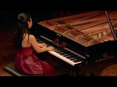 Debussy: Estampes - La soirée dans Grenade - Yejin Gil