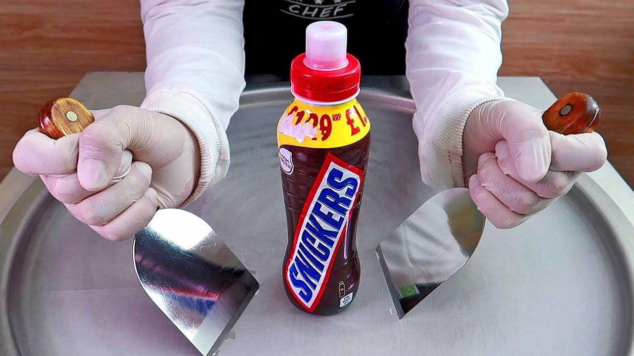 Snickers Milkshake drink ice cream rolls street food - ايس كريم رول سنيكرز