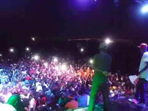 Le choc des chocs Xpress & Dip au concert de SOBOA à Malibu