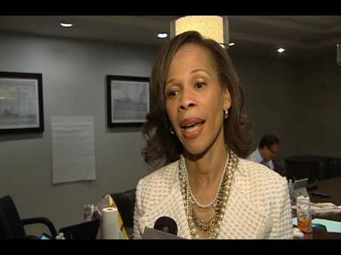 Lisa Blunt Rochester wins Delaware U.S. House primary