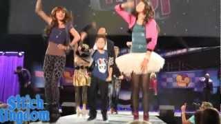 Танцевальная Лихорадка (встряхнись) HD(Это моё видио летал с родителями в США Я удивил билеты на Танцевальную лихорадку !!! Вот моё видио когда..., 2013-04-01T08:11:01.000Z)