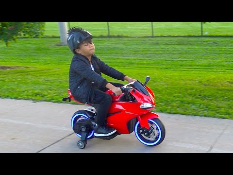Unboxing Power Wheels Ride On Sportbike 12V Test Drive Park Playtime Fun TBTFUNTV