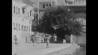 Rare Video of Golden Temple Amritsar 1915(Rare video of Golden Temple Amritsar, Punjab 1915 (UNDIVIDED INDIA), 2013-05-06T11:51:23.000Z)