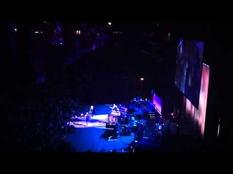 Fleetwood Mac - Sara (Manchester 01/10/13)