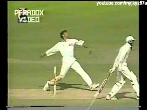 Shoaib Akhtar  Unplayable Fast Bowling at Kolkata test 1999