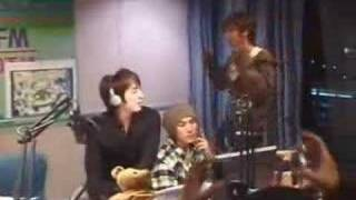 "SS501 singing Bi's ""I'm Coming"" on 03/30/07 Youngstreet"